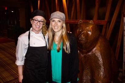 Cinnamon Bear Chef Karine Dubreuil and Earthsave's Hayley Ingman (P: Lanndis de Lallo)